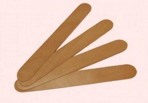 Деревянный шпатель для шугаринга